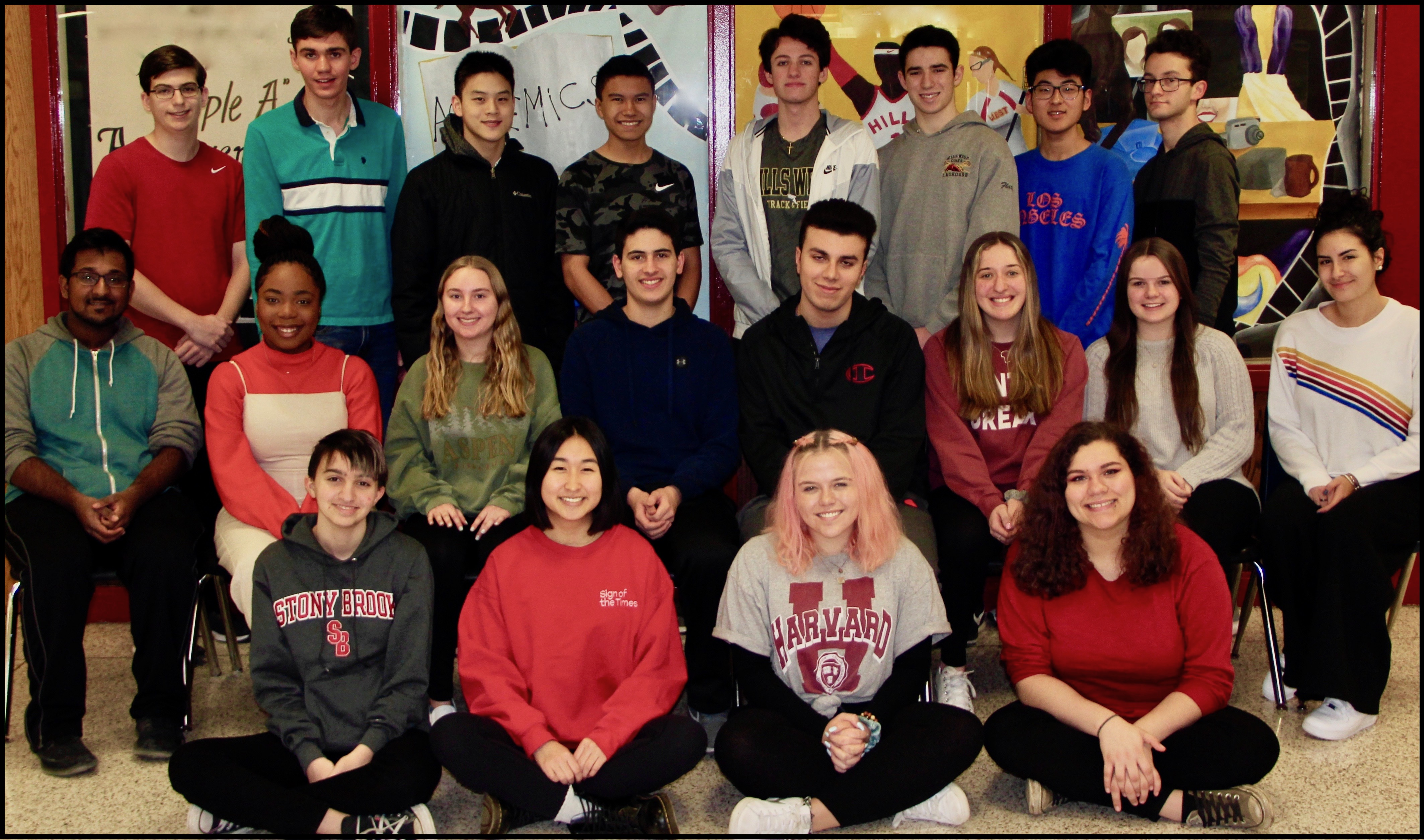 Hills West Announces Top 20 Students In Class Of 2019