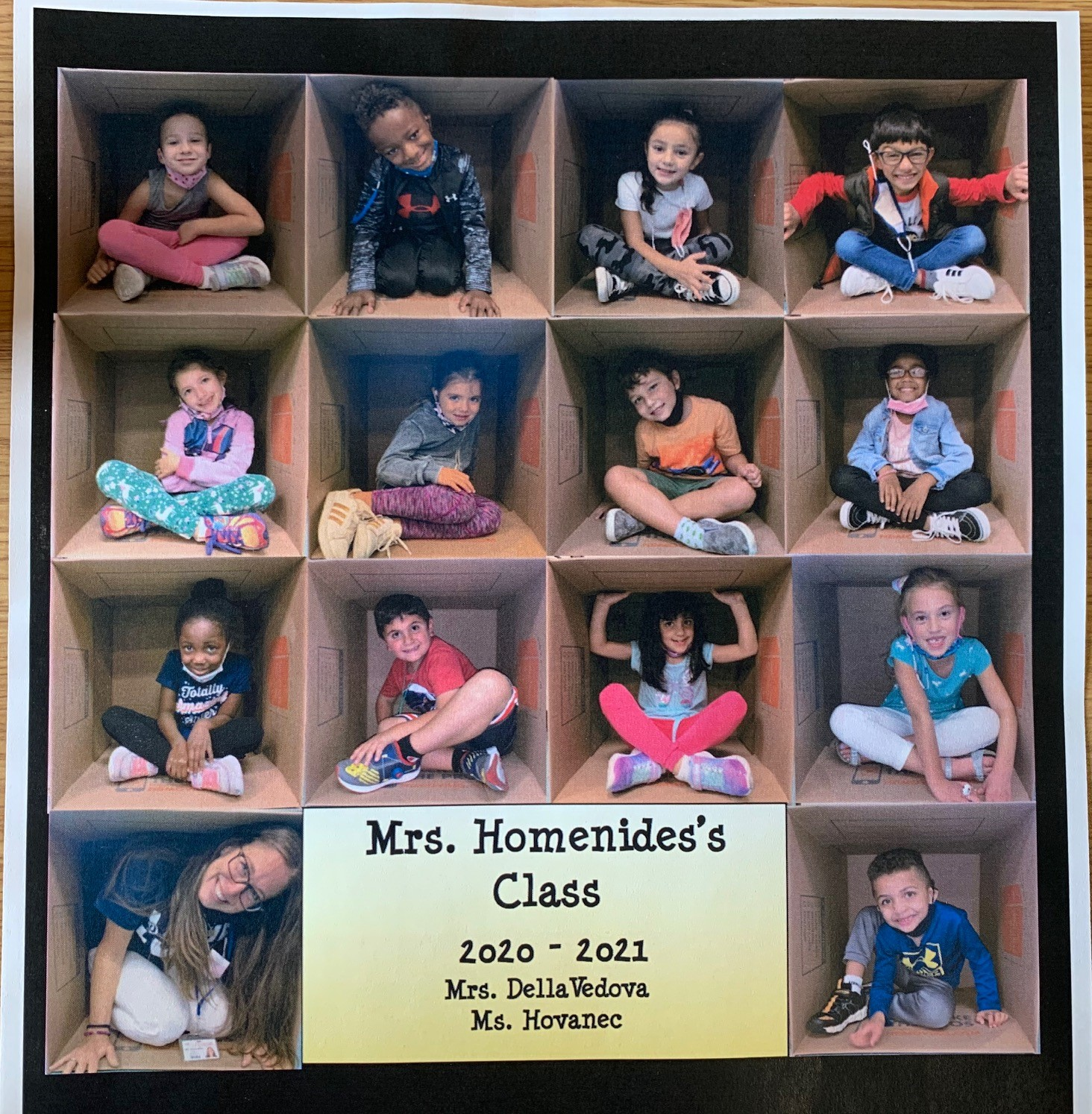 Paumanok's Mrs. Homenides Builds 1st Grade Class Picture