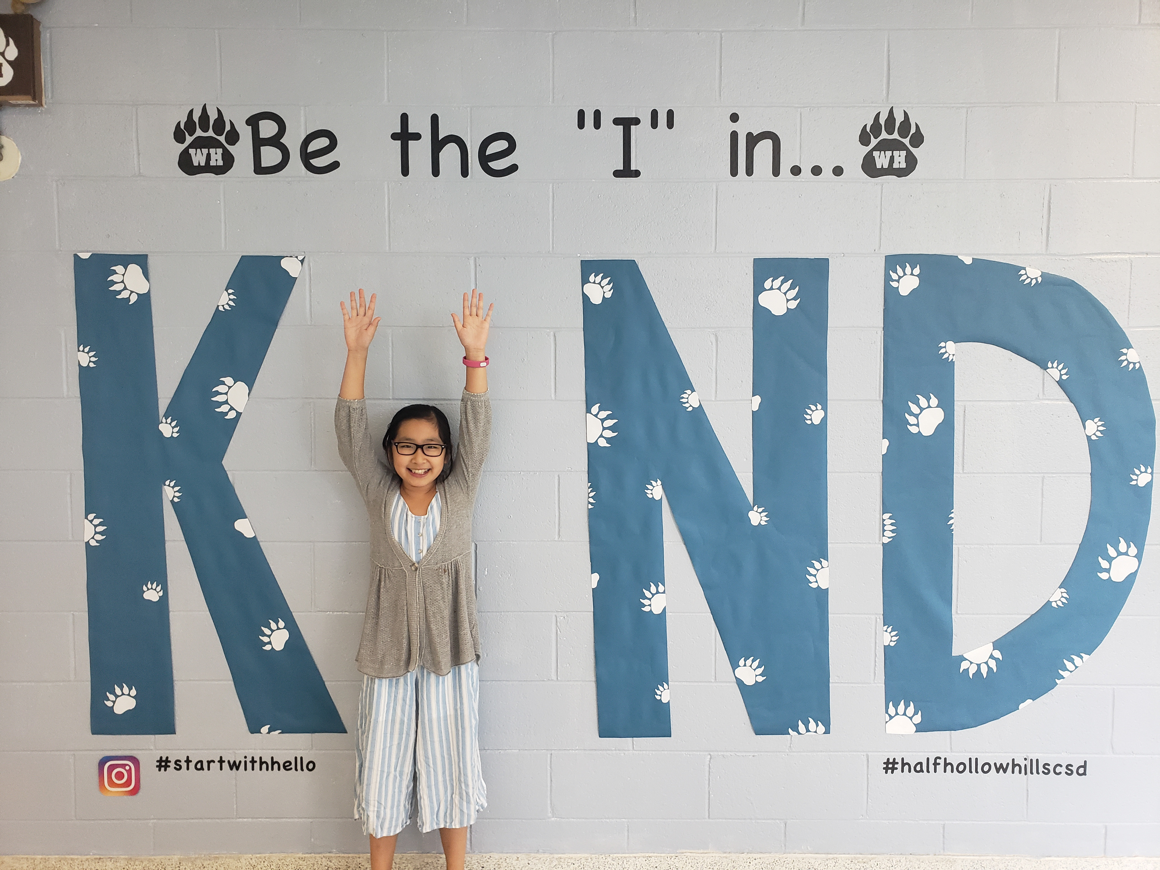 "West Hollow Reminds Students To Be The ""I"" In KIND"
